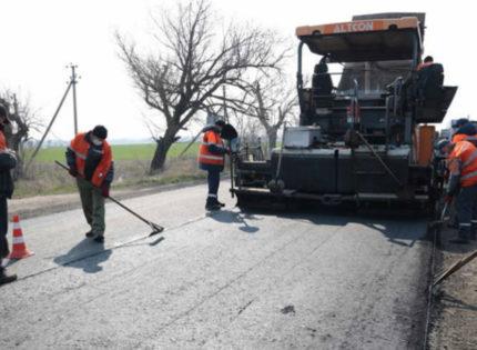 Будет выделено 35 млн грн: Как ремонтируют дорогу в Кременском районе (Фото)