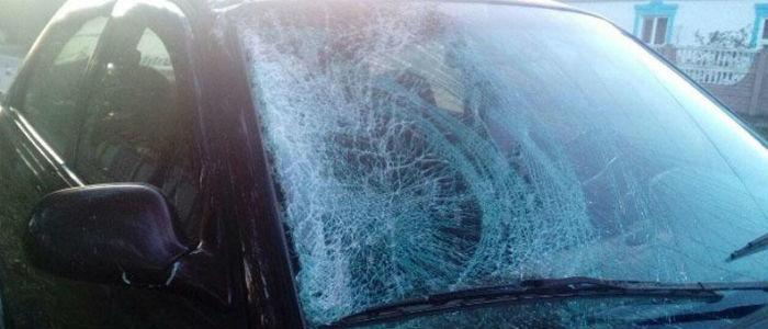 В Мариуполе водитель легкового авто насмерть сбил велосипедиста (Фото)
