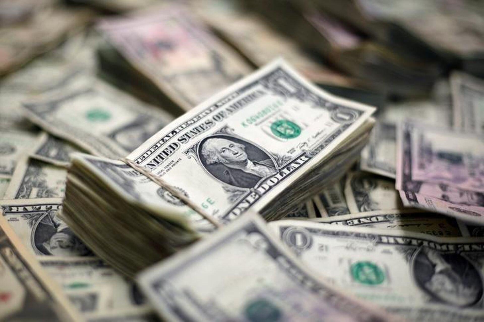 Кабмин утвердил средний курс доллара на 2020 год