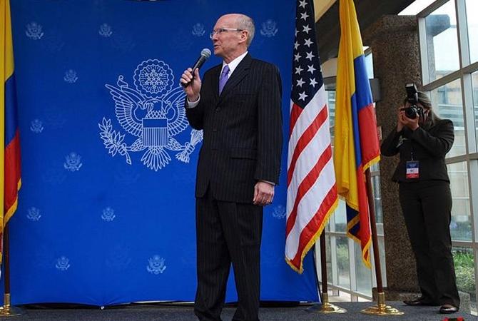 СМИ: из-за скандала с Украиной подал в отставку советник Помпео
