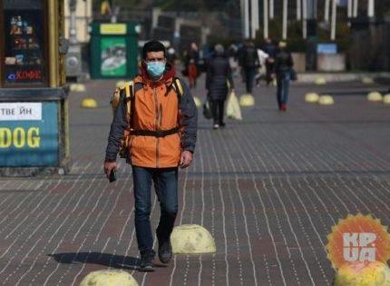 Почти две трети украинцев готовы сидеть на карантине «столько, сколько нужно»