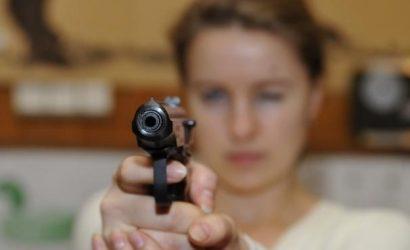 Всех владельцев оружия в Украине проверят заново