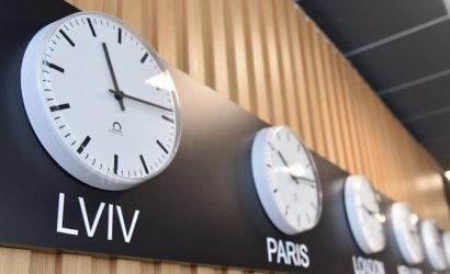 Отмена перевода часов: Украину ждут белые ночи