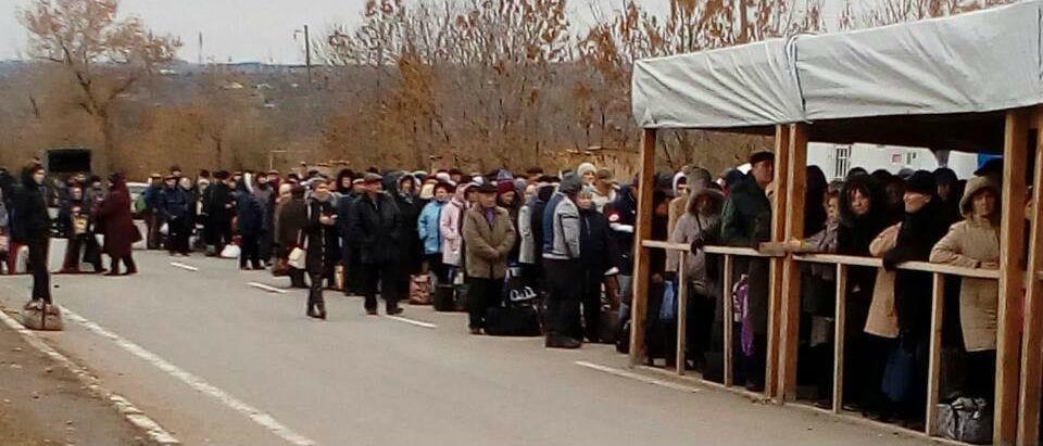 Жители неподконтрольного Донбасса назвали населенные пункты, куда ездят через линию разграничения (Карта)
