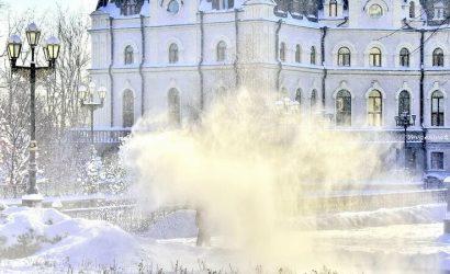 Донецк засыпало снегом: Жители показали город (30 фото)