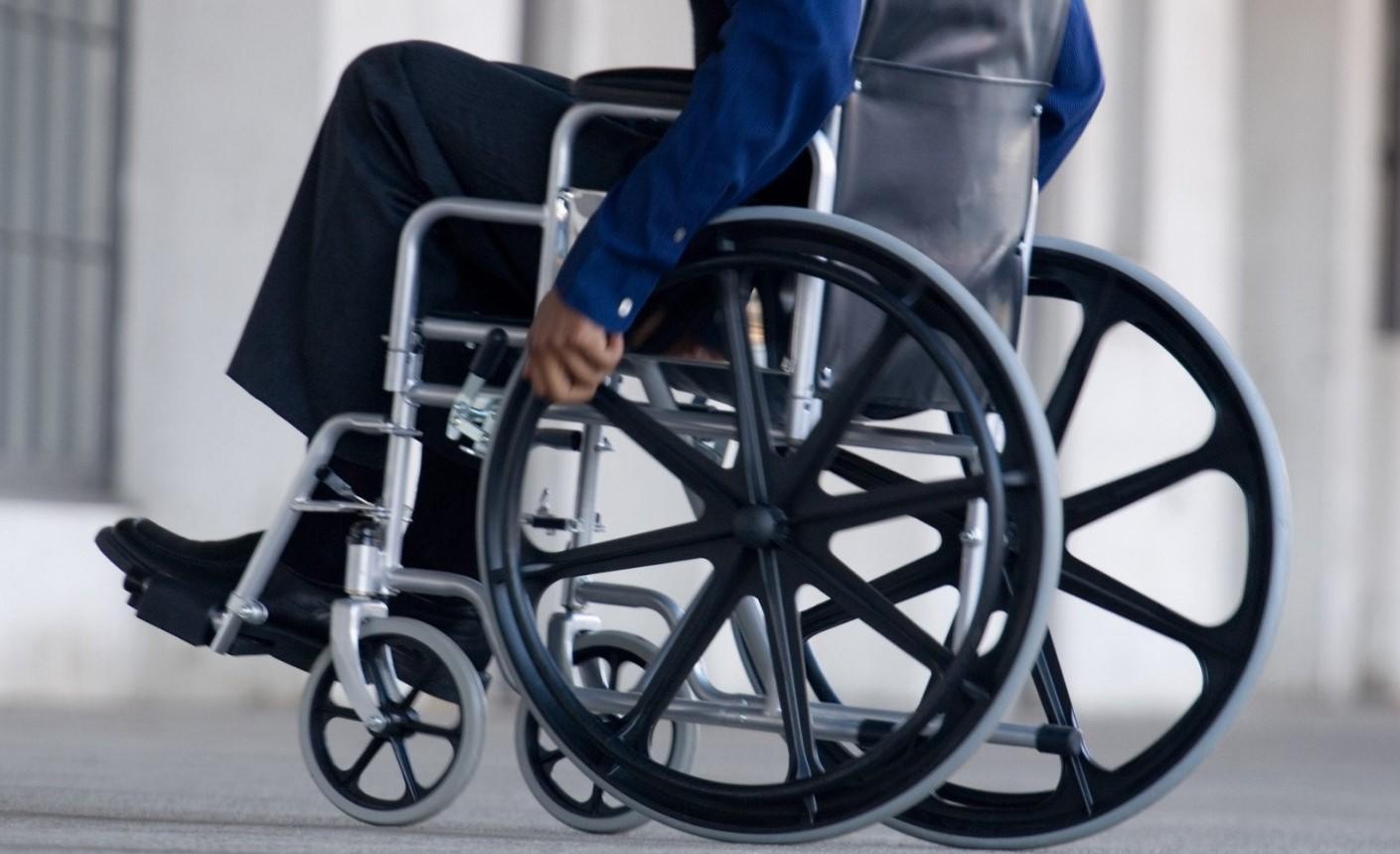 Кабмин хочет сделать каждого пятого инвалида предпринимателем