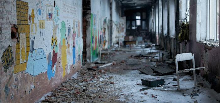 Военным запретят использовать школы в Донецкой и Луганской областях