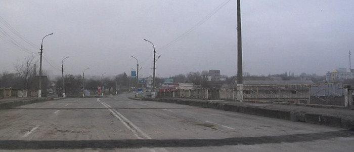 В «ЛНР»: На подорванном мосту в Луганске завтра возобновят движение