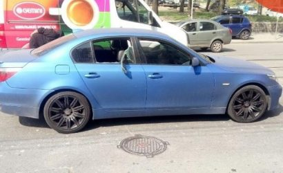 В Киеве из машины на ходу украли миллион долларов