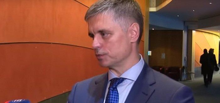 Украина не будет проводить прямые переговоры с представителями «Л-ДНР», – Пристайко