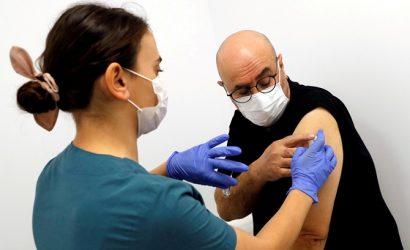 Вакцинация в Украине: прививку получили уже 3 051 человек
