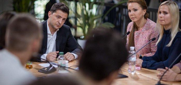Зеленский поддержал льготы на жилье для ветеранов боевых действий на Донбассе