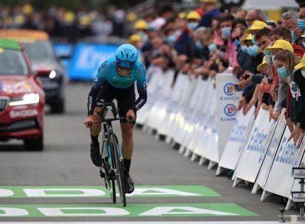 Во Франции арестовали женщину, спровоцировавшую столкновение велосипедистов на гонке «Тур де Франс»