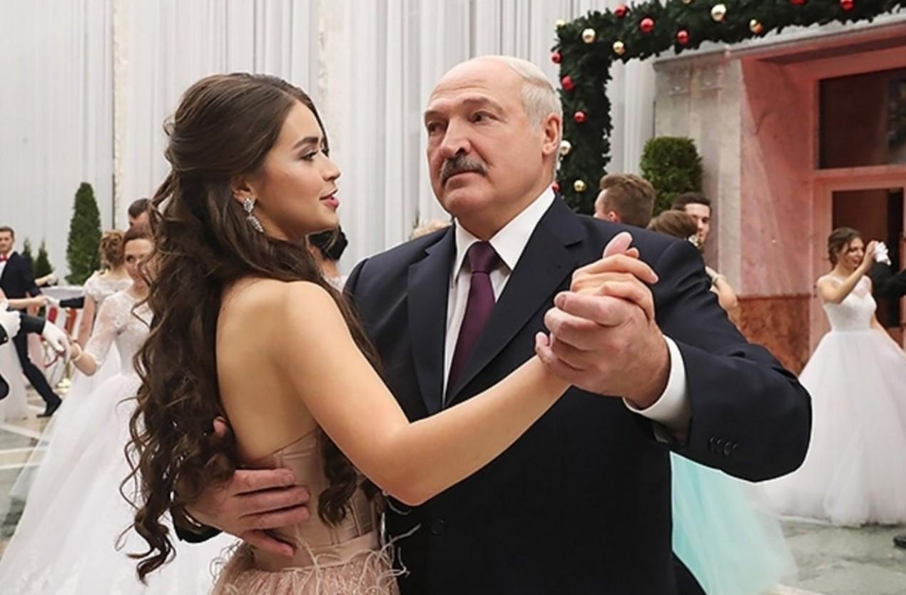 Лукашенко рассказал о «нормальном росте» для женщин