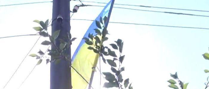 В Волновахе протестуют против разведения сил и средств