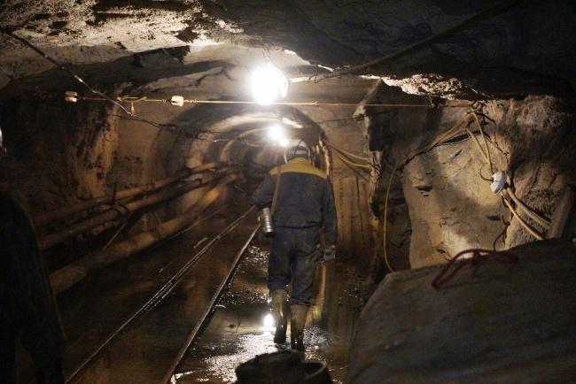 В Донецкой области горит шахта: 200 горняков эвакуировали