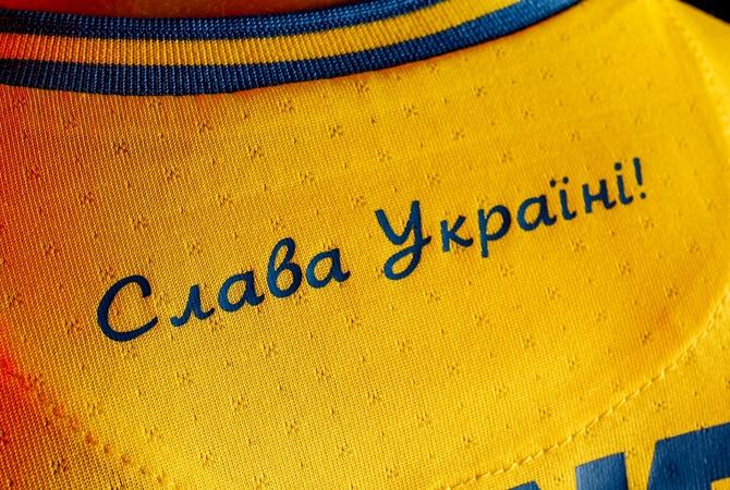 Адвокат, футбольный юрист: «Похоже сыграть в нашей форме дадут, но  Украине грозят большие штрафы».