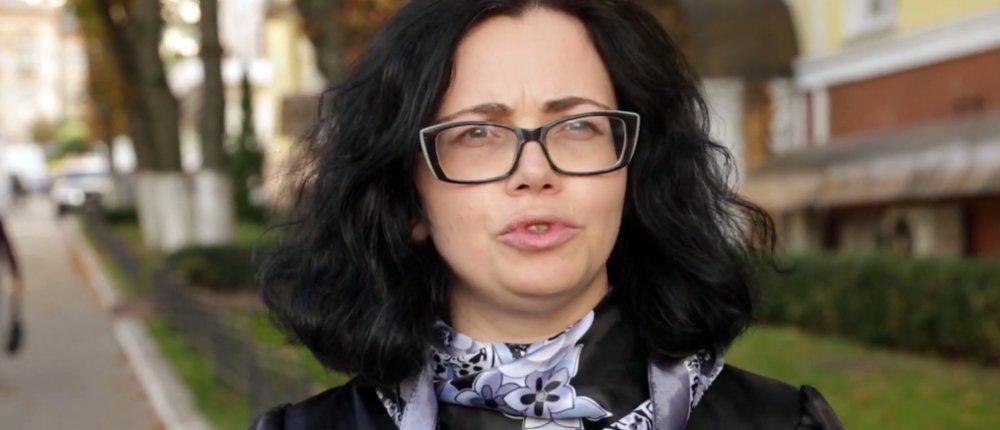 Ехали из «Л-ДНР» в Украину через РФ: Юрист рассказала о реальных приговорах судов