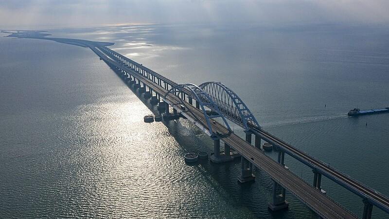 Теперь через Крым: Появились новые варианты проезда из Украины в «Л-ДНР»