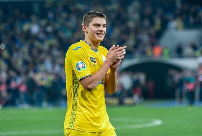 «Фенербахче» хочет подписать защитника «Динамо» и сборной Украины