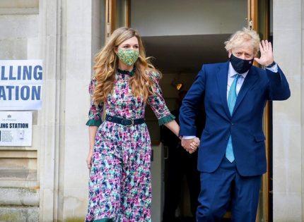 Премьер Великобритании оказался под следствием из-за отдыха на Карибах