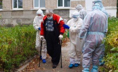 И врачи, и пациенты: В Северодонецке из-за кризиса с персоналом работают больные COVID-19медики