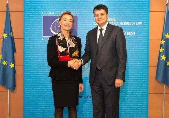 Разумков: Украина готова к диалогу с ПАСЕ, но это не касается территориальной целостности
