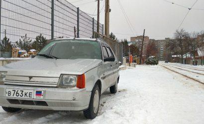 По уши в снегу: В неподконтрольной Горловке показали засыпанные улицы и аншлаг в сквере (Фото)