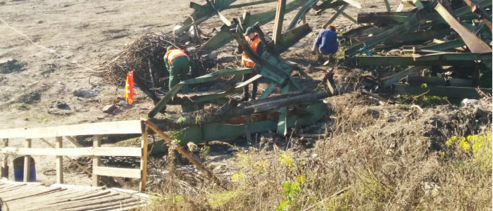 Восстановление моста: Что происходит у Станицы Луганской (Фото)