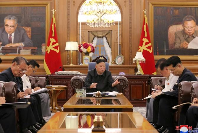 Ким Чен Ын сравнил K-Pop с раком и пригрозил тюрьмой тем, кто его слушает
