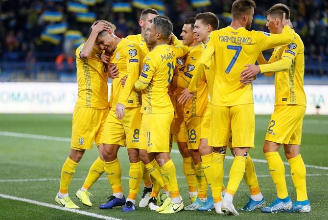 Дубль Малиновского приносит Украине победу над Литвой