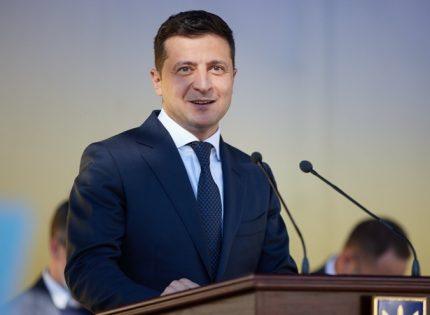 Зеленский ввел в действие санкции против интернет-магазина Wildberries и его руководства