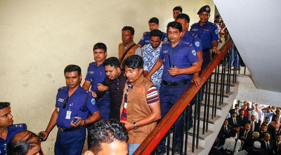 В Бангладеш за убийство школьницы казнят 16 человек