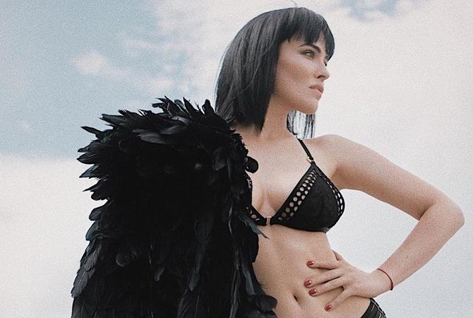 Даша Астафьева показала сексуальное фото в компании Конора Макрегора
