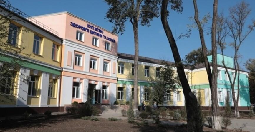Зданию 100 лет: В Мариуполе отремонтировали хирургический корпус для оказания помощи детям (Фото)