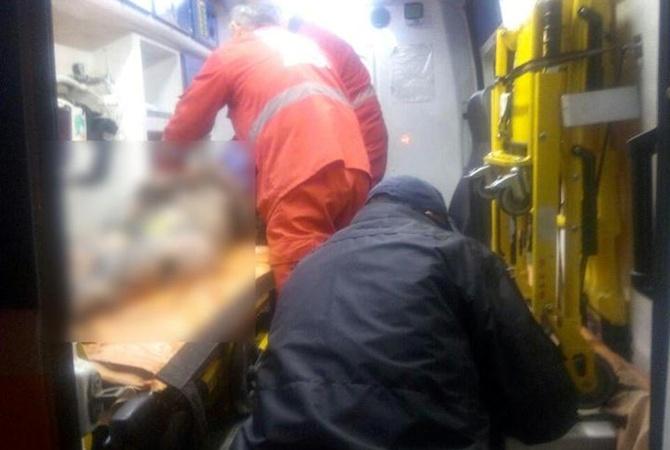 Полтавским полицейским пришлось спасать женщину, на которую набросились собаки