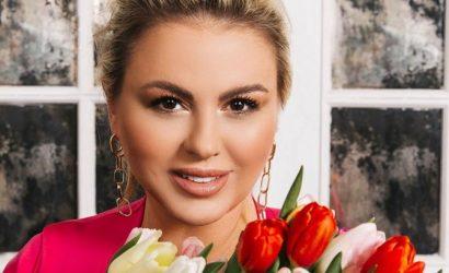 Анна Семенович подаст в суд на футболиста Быстрова за слова о спорте и отрезанной груди