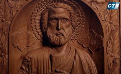 Деревянные иконы: На подконтрольном Донбассе проходит выставка мастера из «ЛНР» (Видео)