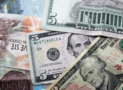 Новую неделю начинаем с долларом выше 25