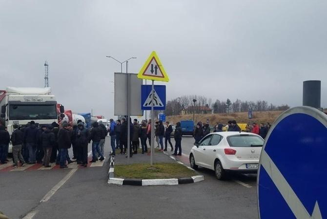 На Львовщине таможеннику из-за убытков на 2,5 миллиона гривен вручили подозрение