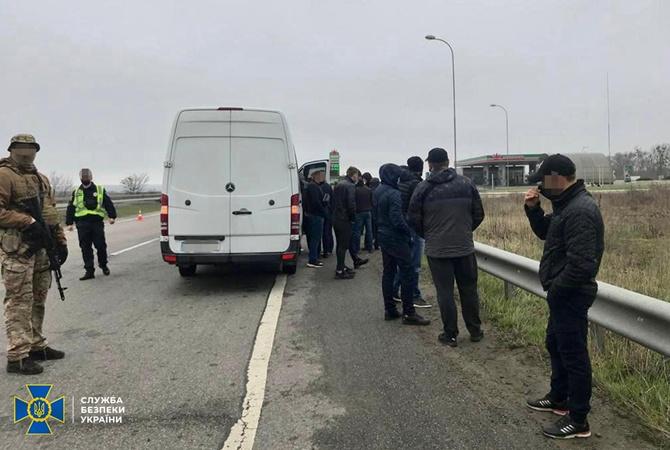 СБУ заявила о задержании автобусов с «титушками», ехавшими на заседание горсовета Харькова