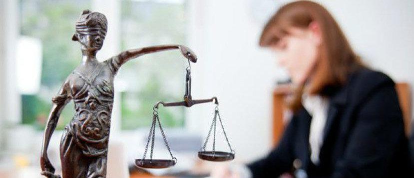 Переселенцы и жители Донбасса могут получить бесплатные юридические консультации