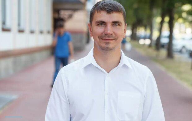 Поляков: «слуги народа» говорили мне о раздаче зарплат по $5 тысяч в конвертах