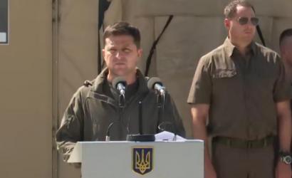 Зеленский подписал законы о правовых основах нацсопротивления и увеличении численности ВСУ