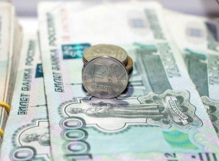 В гривне суммы разняться: В «ЛНР» и «ДНР» с 1 января повышают размеры соцпособий