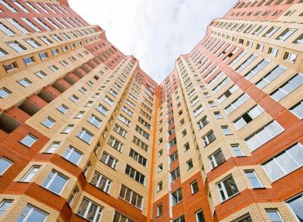 «Дом нашей мечты»: Переселенцы планируют построить 9-этажку на Закарпатье