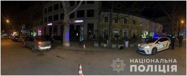 В центре Одессы произошла стрельба, ранены три человека