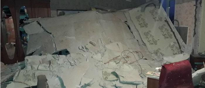 Разрушена стена, пострадал мужчина: На Луганщине в многоэтажке произошел взрыв (Фото)