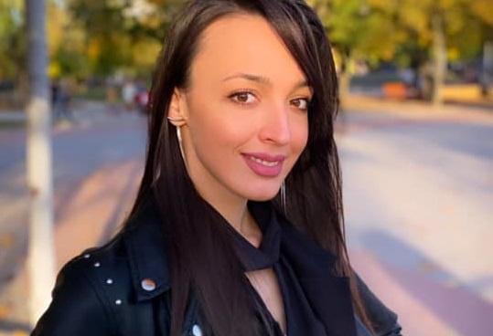 Раненой ножом в Запорожье ромской активистке сделали операцию