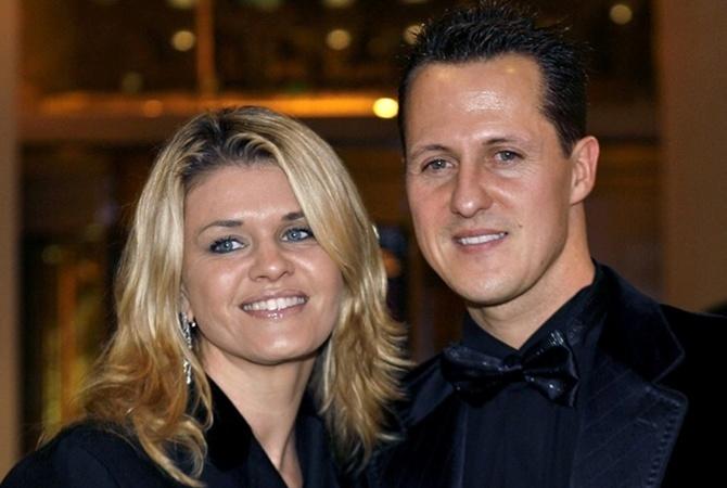 Вилли Вебер опасается, что жена Шумахера скрывает правду о гонщике
